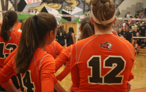 Girls' volleyball falls to top-ranked Bishop Moore despite strong showing