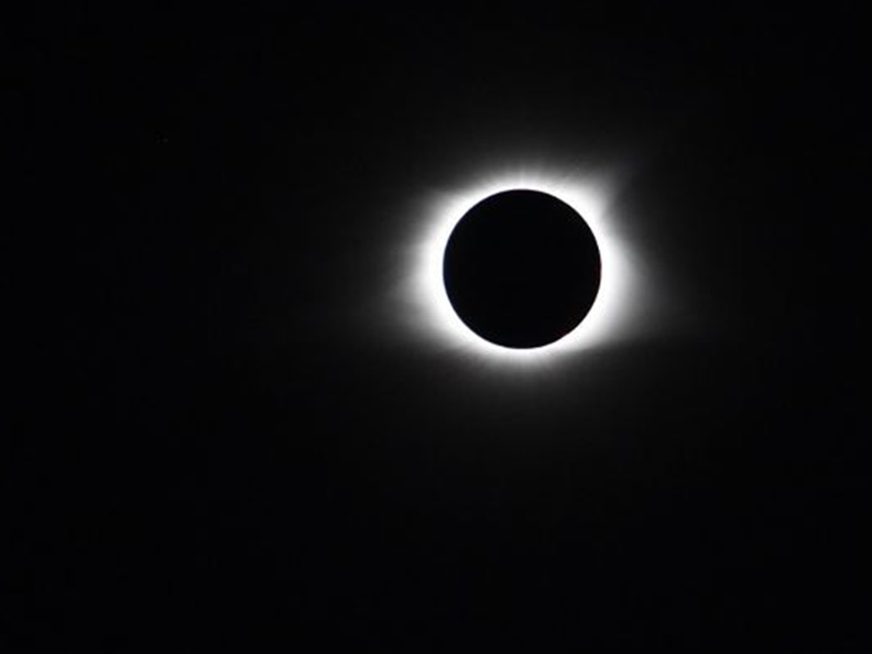 Solar eclipse causes students to leave campus in high numbers