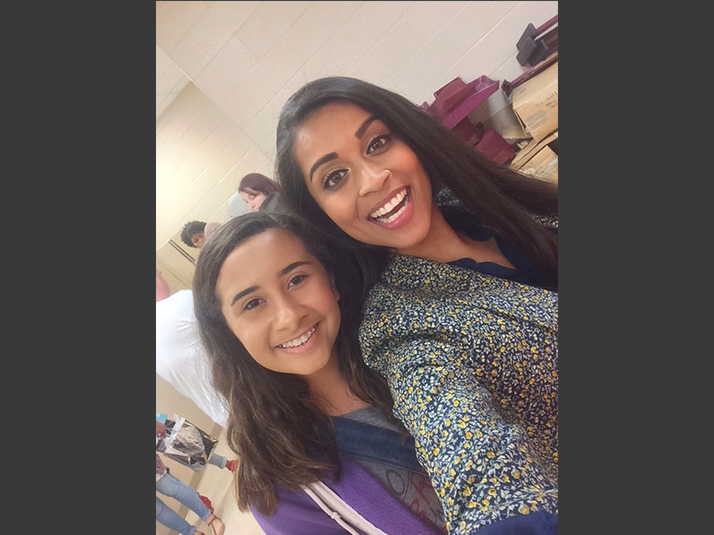 Reporter+Isabel+Fain+takes+a+selfie+with+Lilly+Singh